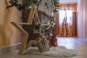 Appartement mit Flair, Ferienwohnungen  Ehrwald - big - 81