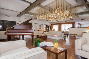 Grand Hotel De Rose, Hotels  Scalea - big - 98