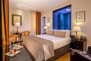 Hotel Monte Cenci - AbcAlberghi.com
