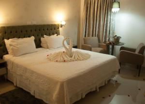 Ellus Hotel, Hotel  Dourados - big - 26