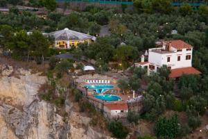 hotel villa lubrense - AbcAlberghi.com
