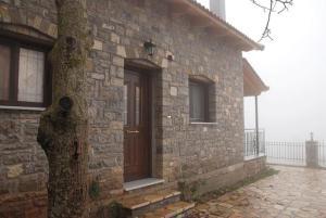 Orini Nafpaktia Houses