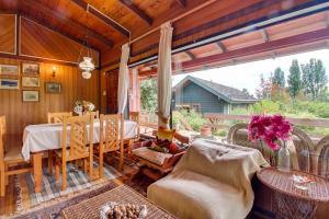 Casa Campestre frente al Lago Calafquén, Case vacanze  Panguipulli - big - 39