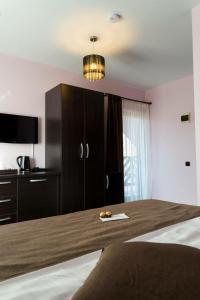 Pridvorul Haiducilor, Hotels  Tîrgu Ocna - big - 29
