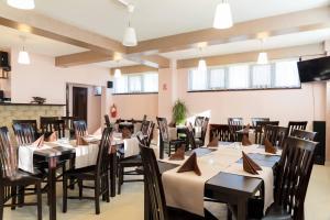 Pridvorul Haiducilor, Hotels  Tîrgu Ocna - big - 51