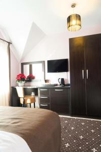 Pridvorul Haiducilor, Hotels  Tîrgu Ocna - big - 46