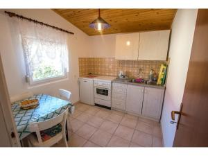 Apartments Velebit, Apartmanok  Stari Grad - big - 8