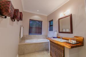 Meander Manor, Guest houses  Ballito - big - 27