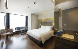 Novotel Suites Hanoi, Hotels  Hanoi - big - 12