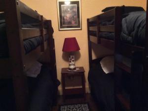 Seng på blandet 4-sengs sovesal