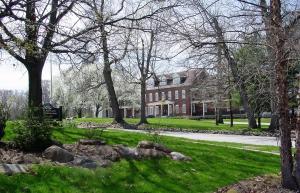 Fort Harrison State Park Inn