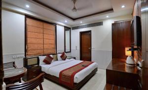 Hotel Daanish Residency, Отели  Нью-Дели - big - 9