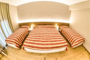 Grand Hotel Europa, Отели  Ривизондоли - big - 9
