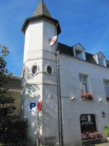 Hostel Du Roy
