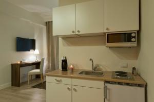 Aruna Suites, Holiday homes  Rome - big - 27