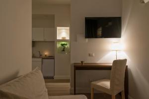 Aruna Suites, Holiday homes  Rome - big - 14