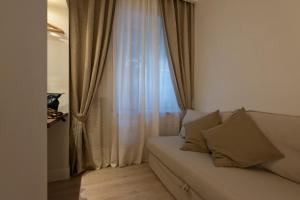 Aruna Suites, Holiday homes  Rome - big - 13