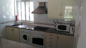101 Balaia Apartment, Apartments  Albufeira - big - 19