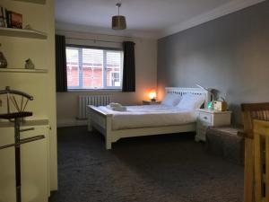 Halebarns Guesthouse Manchester Airport, Pensionen  Hale - big - 19