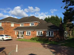 Halebarns Guesthouse Manchester Airport, Pensionen  Hale - big - 80