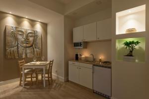 Aruna Suites, Holiday homes  Rome - big - 3