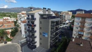 InmoSantos Apartaments Nuria, Apartmány  Roses - big - 23