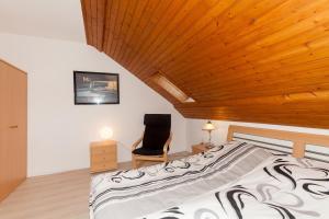Ferienhaus Willkommen, Apartmány  Winterberg - big - 17