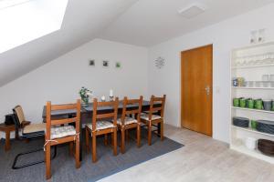 Ferienhaus Willkommen, Apartmány  Winterberg - big - 14