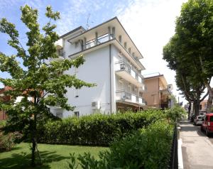 Hotel Ardesia - AbcAlberghi.com