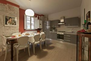 Borgo Suite - AbcAlberghi.com