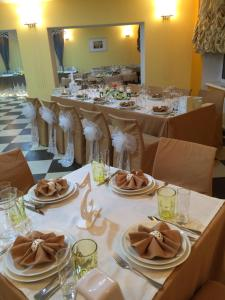 AMBER Hotel & Cafe, Hotels  Bohorodchany - big - 49