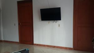 Habitaciones en Medellín (Apartahotel Ferjaz), Гостевые дома  Медельин - big - 146