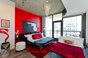 Popular DTLA Designer Suite With Massive Views, Apartmány  Los Angeles - big - 9