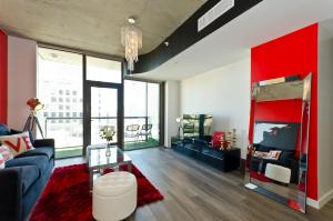 Popular DTLA Designer Suite With Massive Views, Apartmány  Los Angeles - big - 28