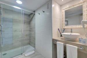 Alcudia Garden Aparthotel, Apartmanhotelek  Port d'Alcudia - big - 12