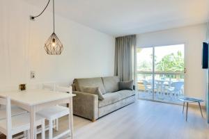 Alcudia Garden Aparthotel, Apartmanhotelek  Port d'Alcudia - big - 7