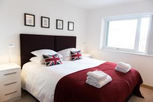 Your Space Apartments - Flamsteed Close