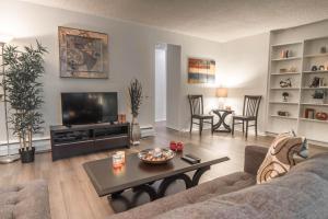 Barrington Apartment A723