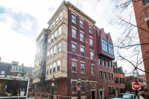 112 Myrtle St #9 by Lyon Apartments, Apartments  Boston - big - 13