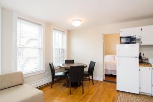 112 Myrtle St #9 by Lyon Apartments, Apartments  Boston - big - 20