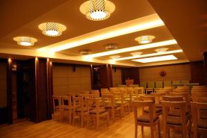 KVM Hotels, Hotely  Tiruchchirāppalli - big - 16