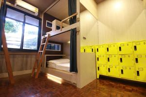 Deluxe Private Female Dormitory Room - 8 Adults