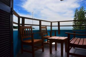 Two-Bedroom Apartment (6 Adults) with Sea View