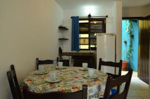 Two-Bedroom Apartment (6 Adults) with Side Sea View