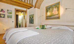 The Dome And One Hundred Windows, Apartmány  Florencie - big - 6