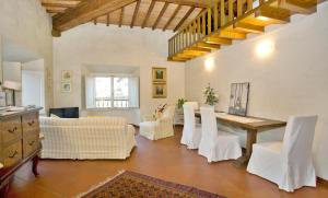 The Dome And One Hundred Windows, Apartmány  Florencie - big - 16