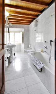The Dome And One Hundred Windows, Apartmány  Florencie - big - 20