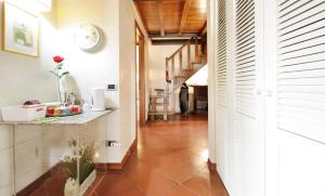 The Dome And One Hundred Windows, Apartmány  Florencie - big - 21
