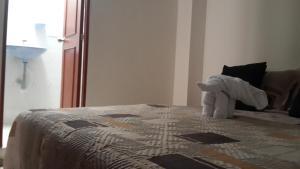 Habitaciones en Medellín (Apartahotel Ferjaz), Гостевые дома  Медельин - big - 49