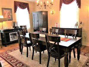 Schoolmaster's House Bed & Breakfast, Bed and Breakfasts  Niagara on the Lake - big - 57
